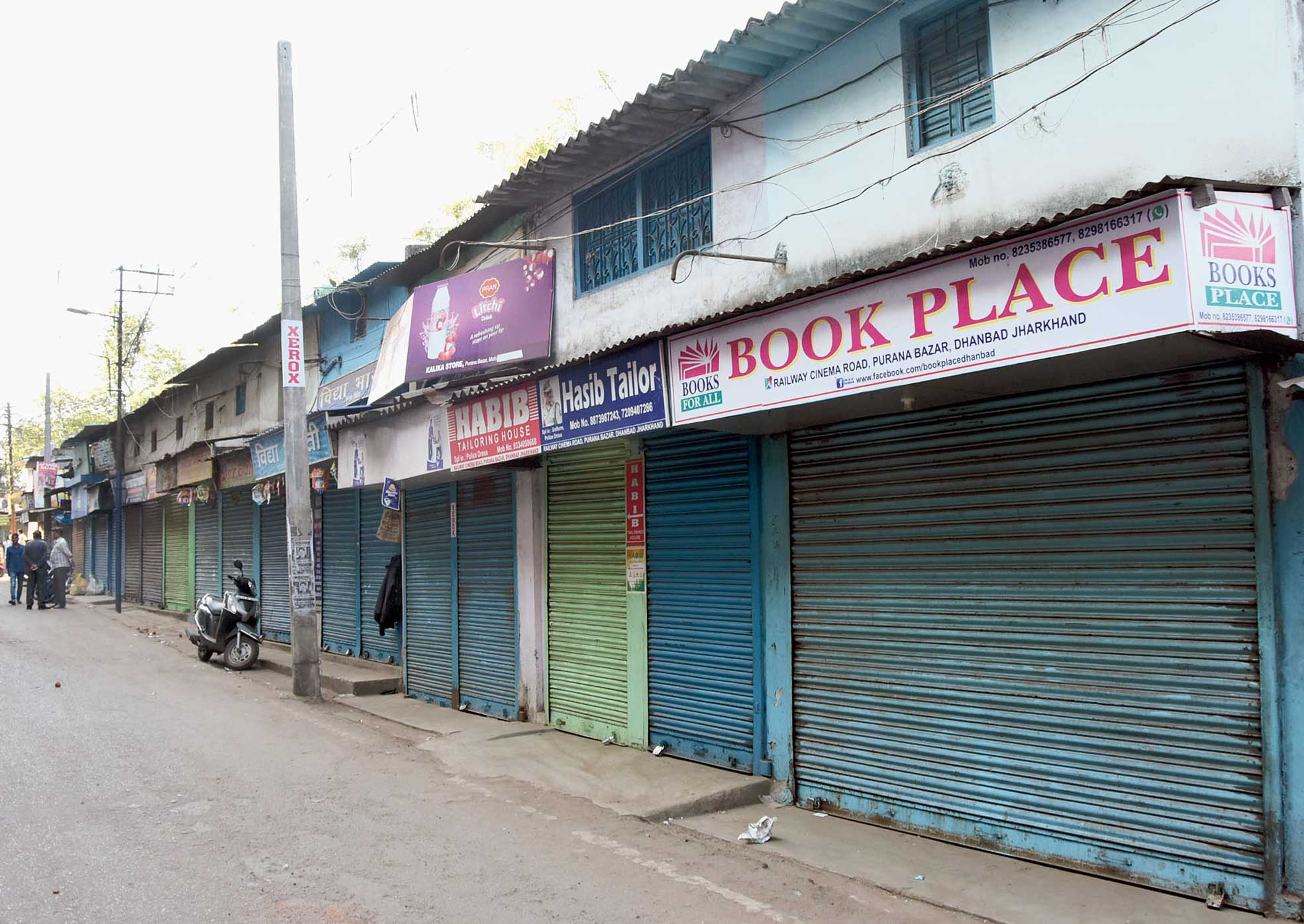 Closed shops at Purana Bazar in Dhanbad on Monday in protest against Pulwama terror attack.
