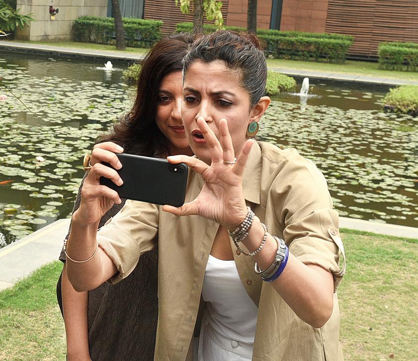 Nitya and Zoya go click-click