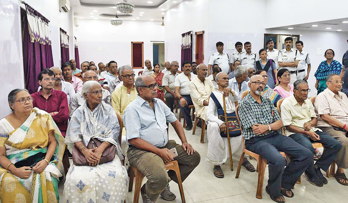 Elderly residents of Phoolbagan attend a session on safety by police officers on Thursday evening.