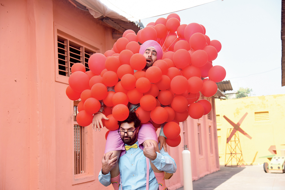 Kunaal Roy Kapur and Manjot Singh on the sets of the promotional