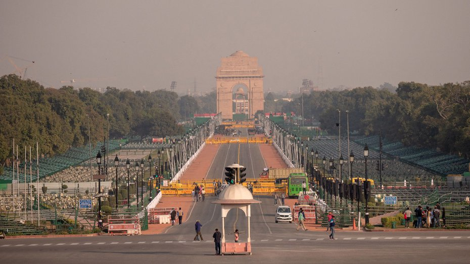 A view of the Central Vista, with India Gate in the distance.