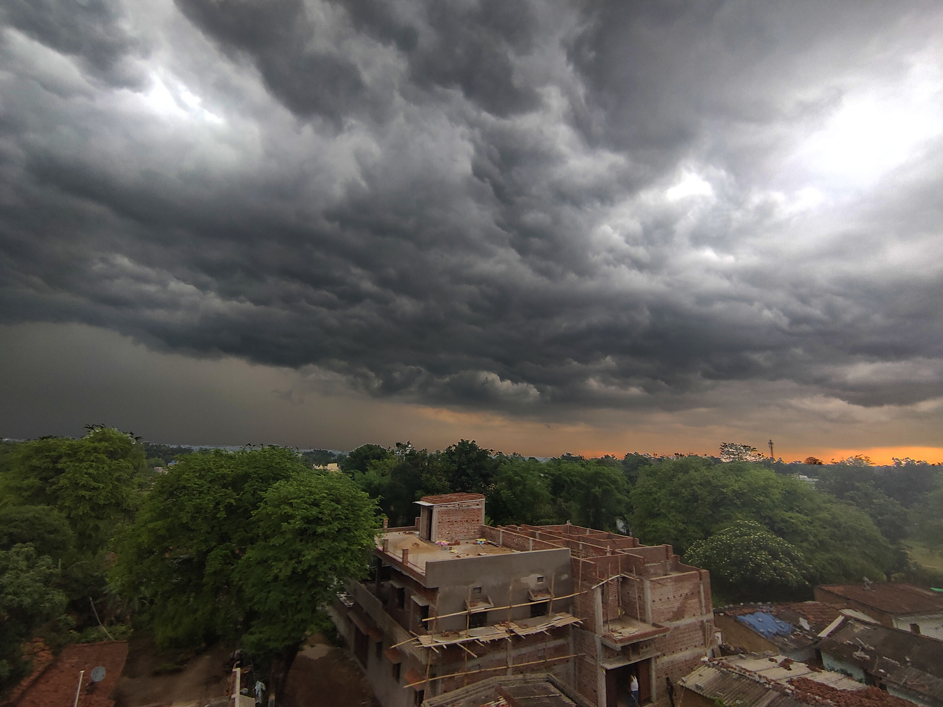 SIGN OF THE TIMES: Ranchi woke up on Monday with an ominous cloud cover. Barely 12 hour earlier on Sunday, IIM-Ranchi was sealed after one of its non-teaching staff members tested positive for Covid-19.