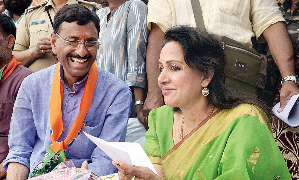 Hema Malini star power for BJP's Sanjay Seth