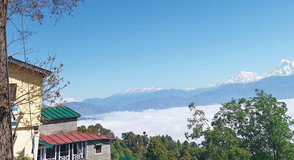 Kausani boasts of a magnificent view of the western Himalayas