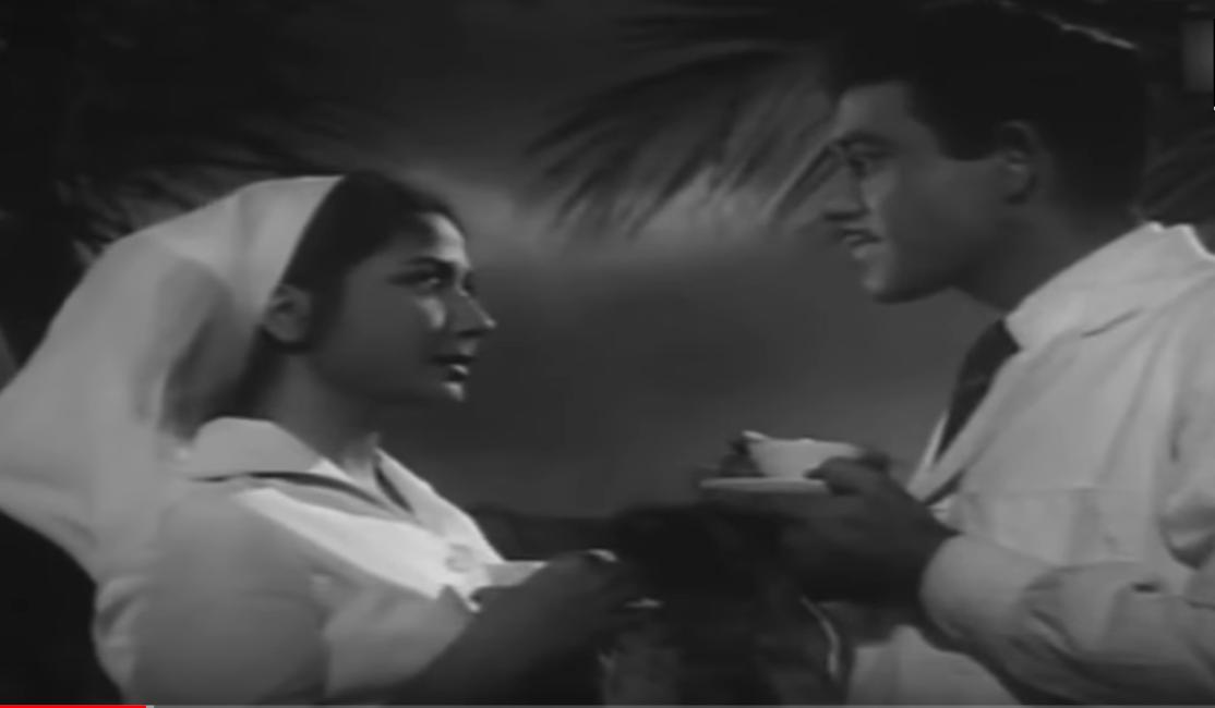 Meena Kumari and Raaj Kumar in Dil apna aur preet parai