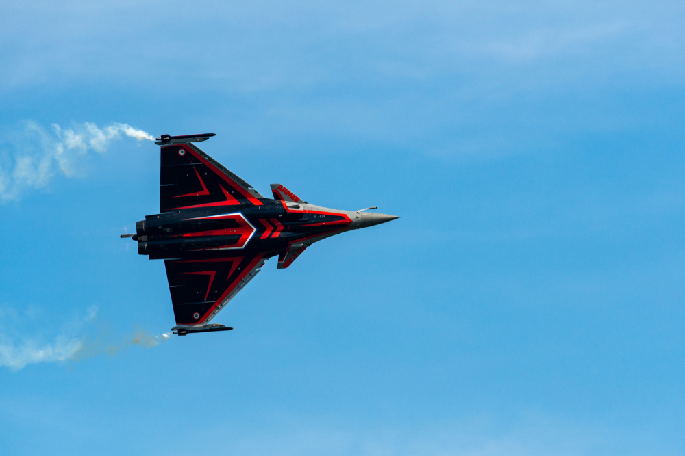 Nation flies into Rafale riddle as verdict lists 'CAG report'