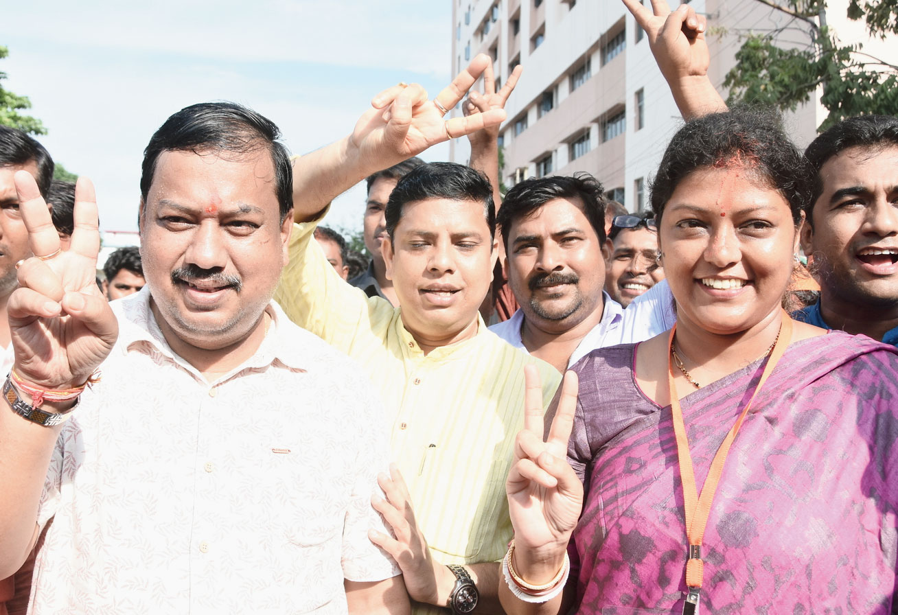 Mimi Majumder after winning the bypoll.