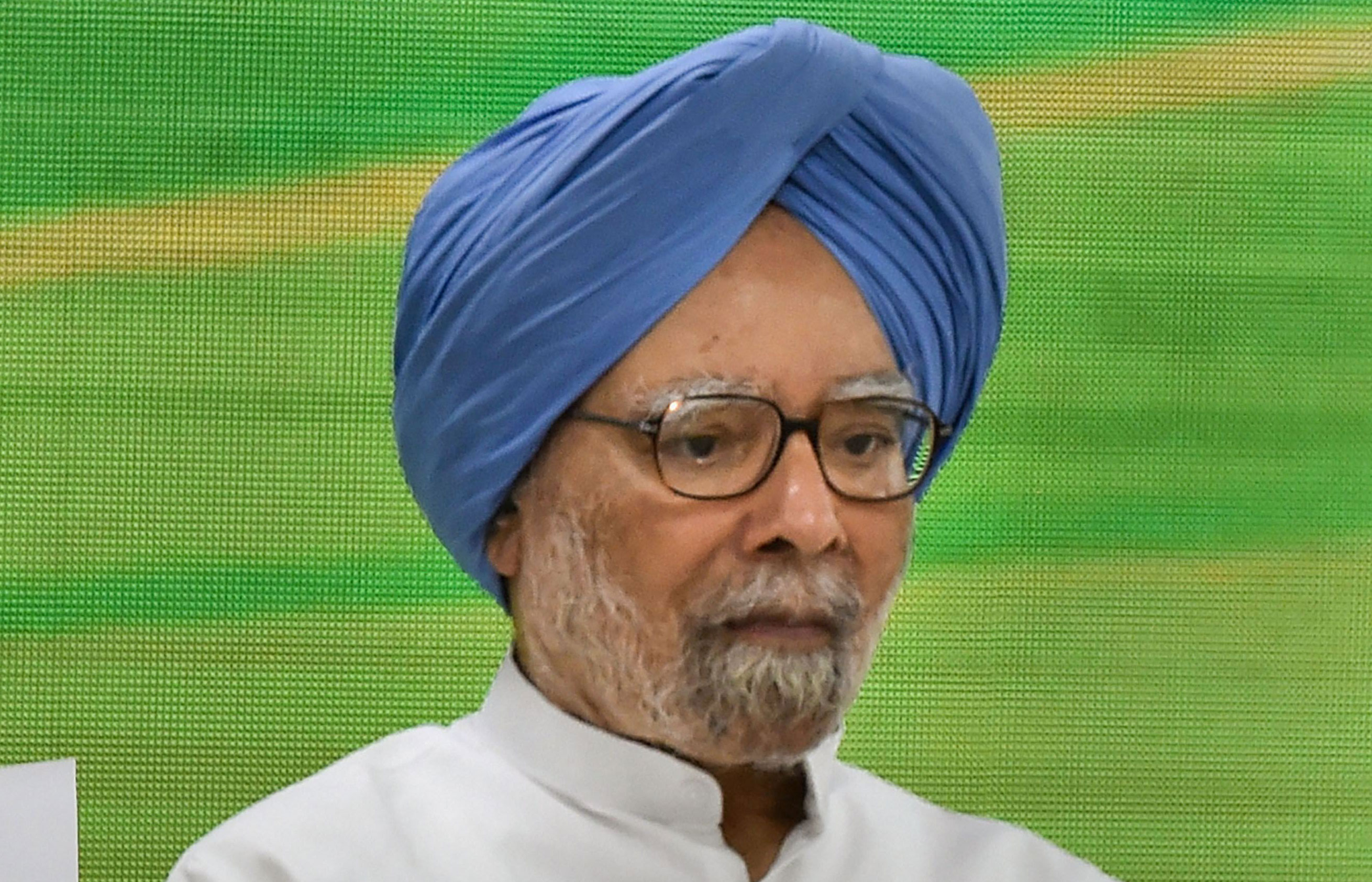 Wake up, slowdown is dangerous: Manmohan Singh