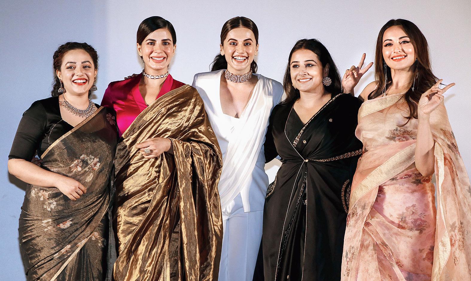 Sonakshi with Vidya Balan, Taapsee Pannu, Kirti Kulhari and Nithya Menen at the trailer launch of Mission Mangal