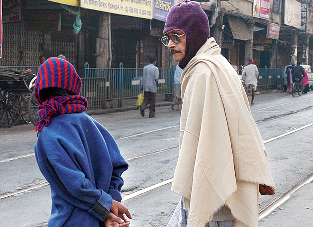 Winter in Calcutta means Bengalis wrap themselves up in layers — sweaters, scarves, mufflers and the monkey cap