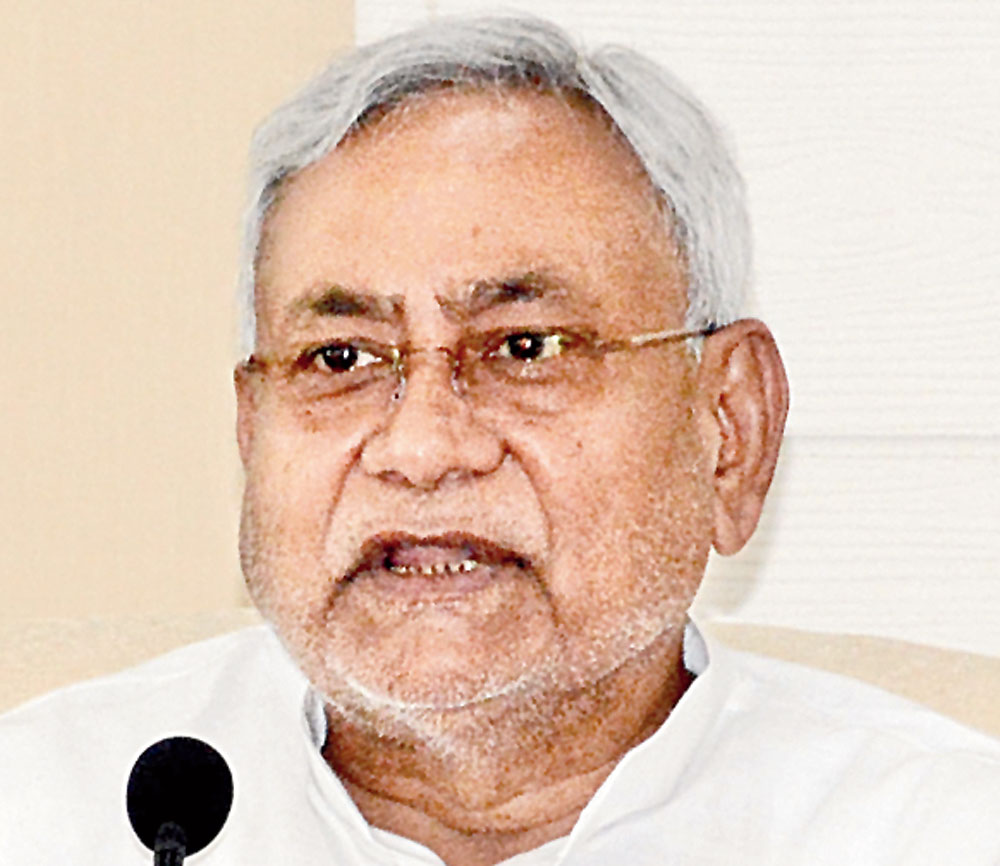 As a controversy broke, Nitish, whose jurisdiction includes the police since he handles the home department too, called a meeting of the force's top brass at his 1 Aney Marg official residence