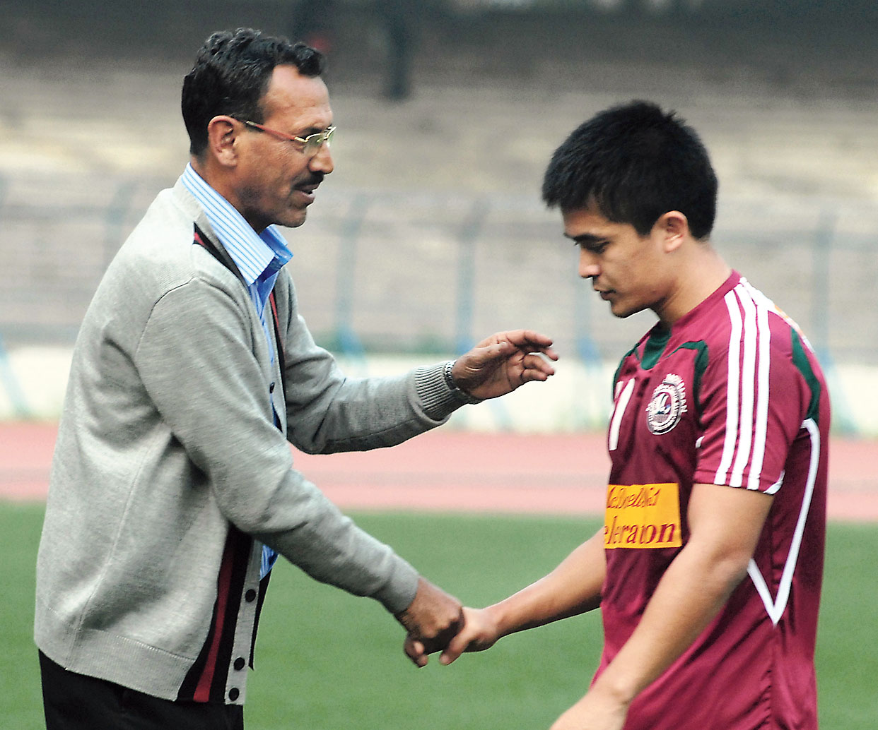 Subrata Bhattacharya (left), during one of his stints as Mohun Bagan coach, and Sunil Chhetri