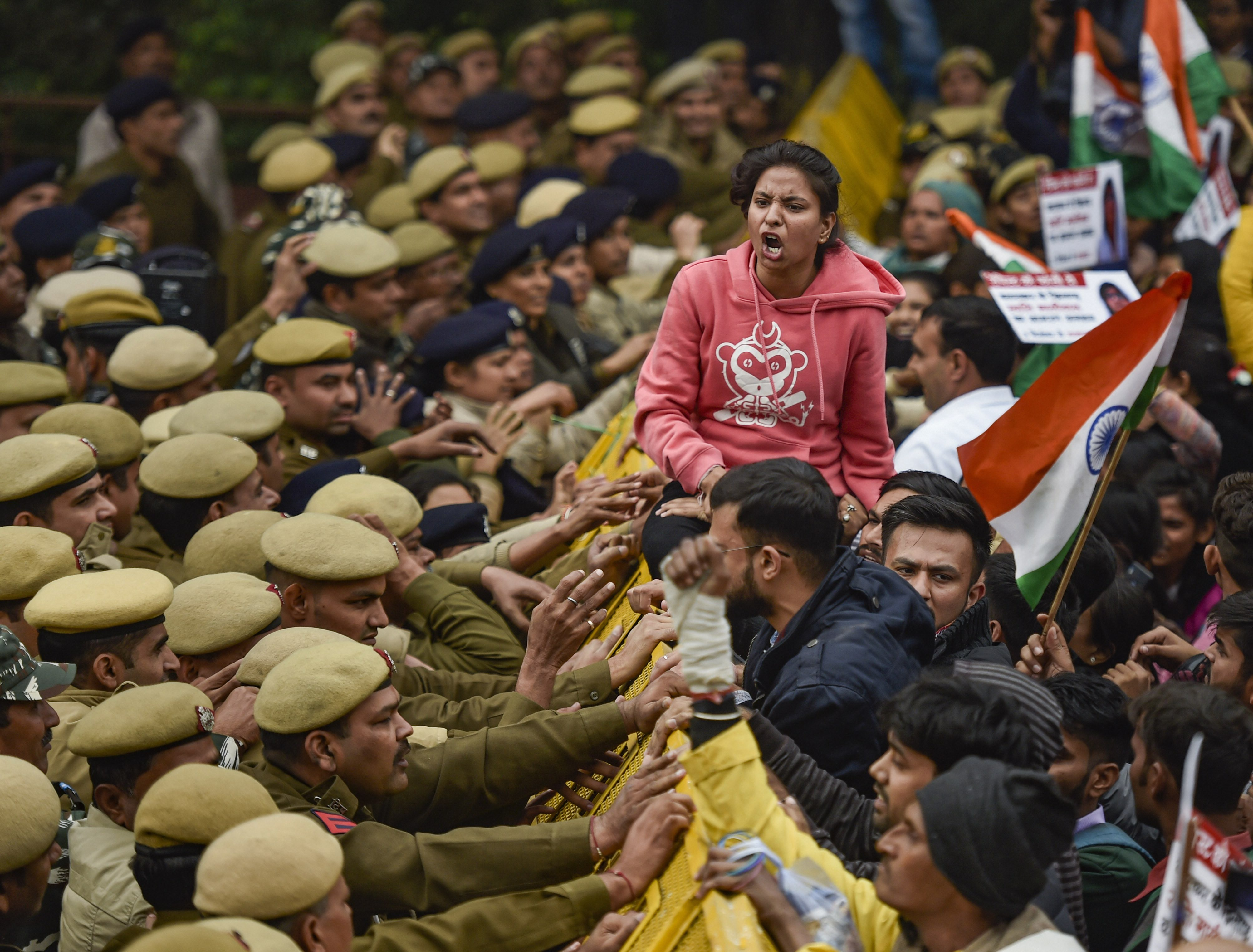 Delhi govt deploys cameras, marshals for women's safety