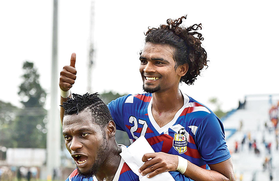 Stephane Kamo Bayi (left) and MoM Anto Sagayaraj celebrate after the match.