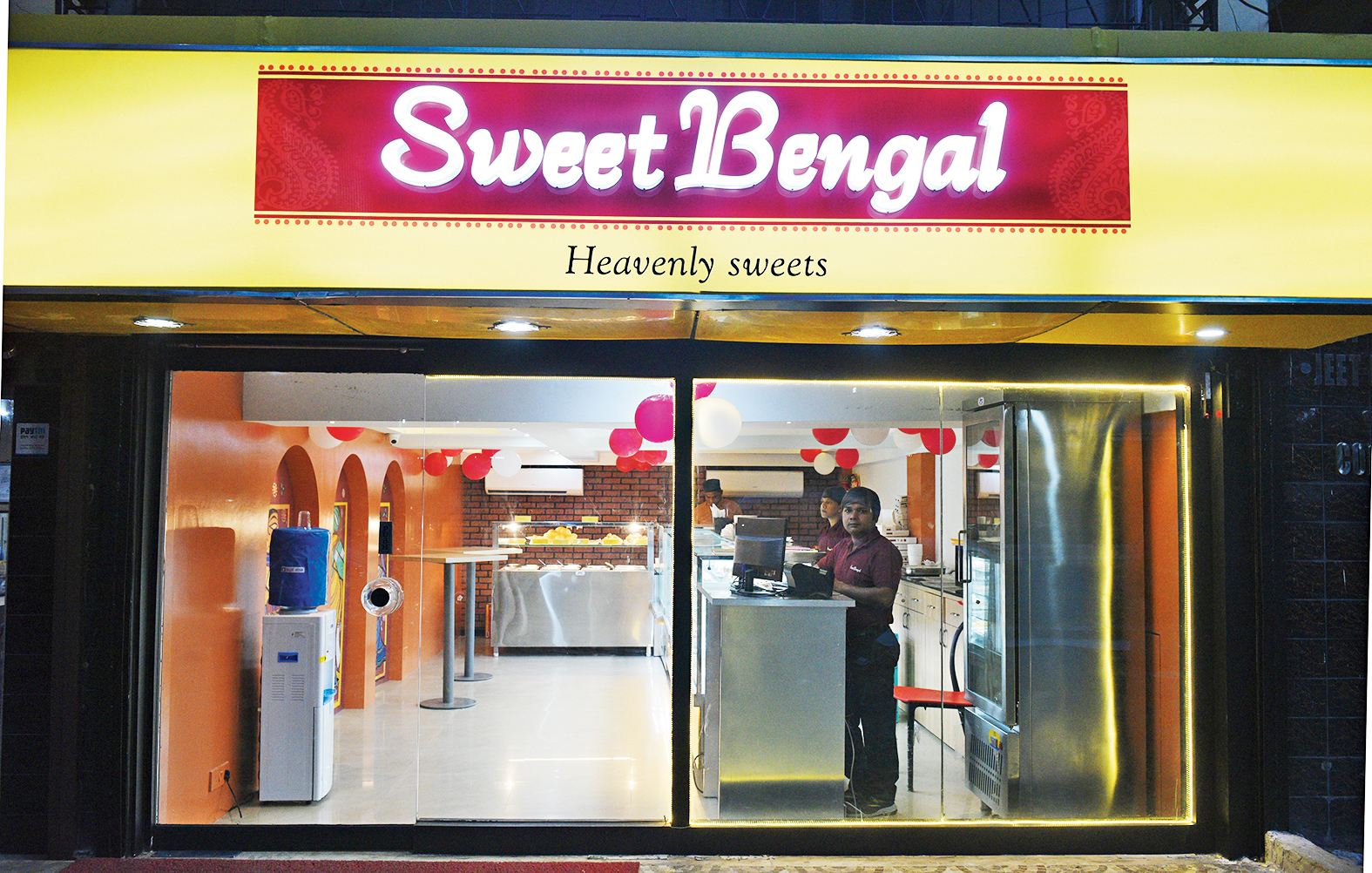 The CIT Road, Kolkata outlet of Sweet Bengal.