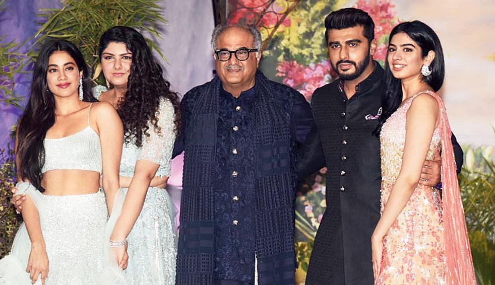 The Kapoors: Janhvi, Anshula, Boney, Arjun and Khushi