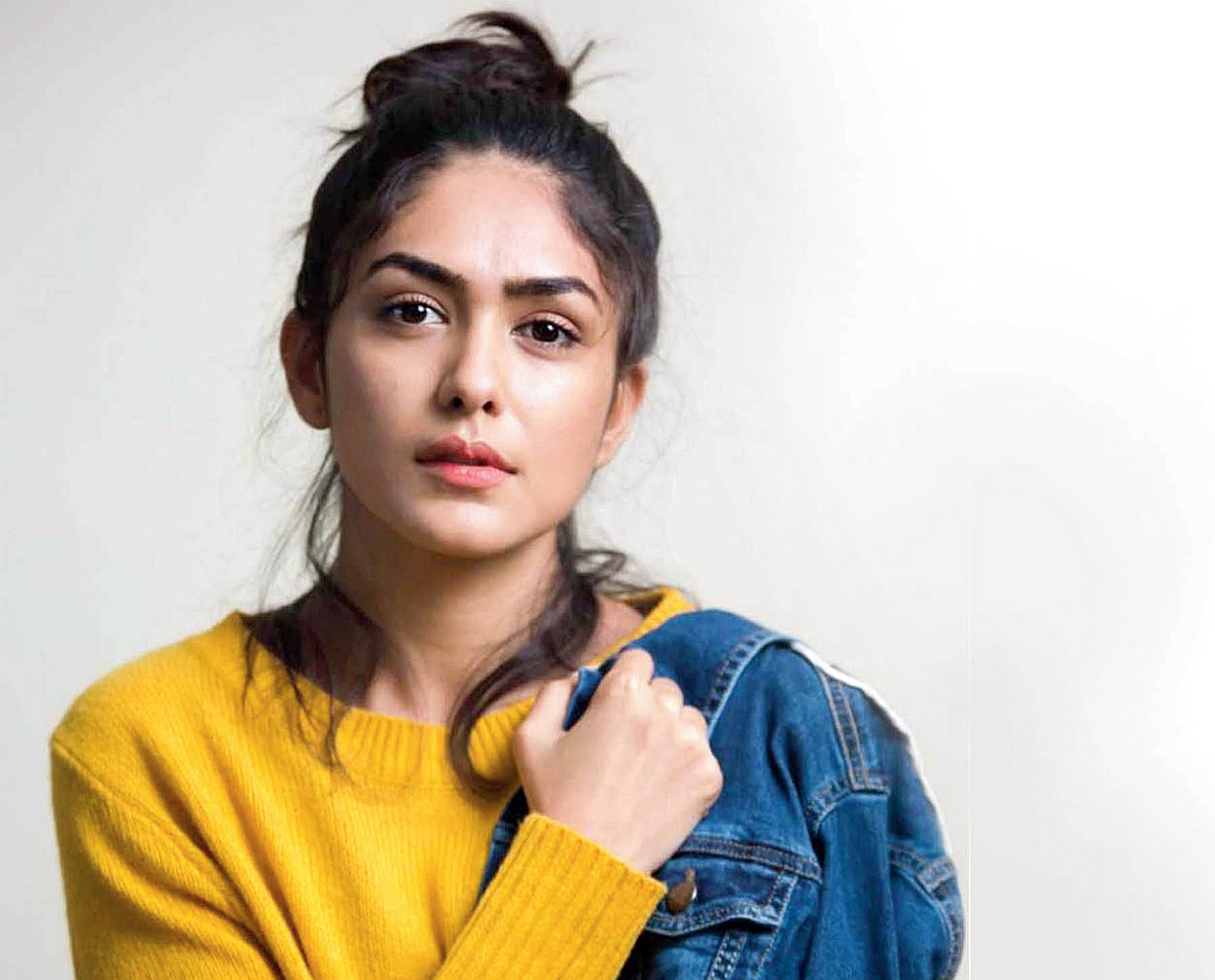 Working with Hrithik… working with the Greek God himself: Mrunal Thakur