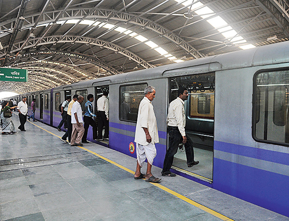 Hint at Metro with seated passengers - Telegraph India