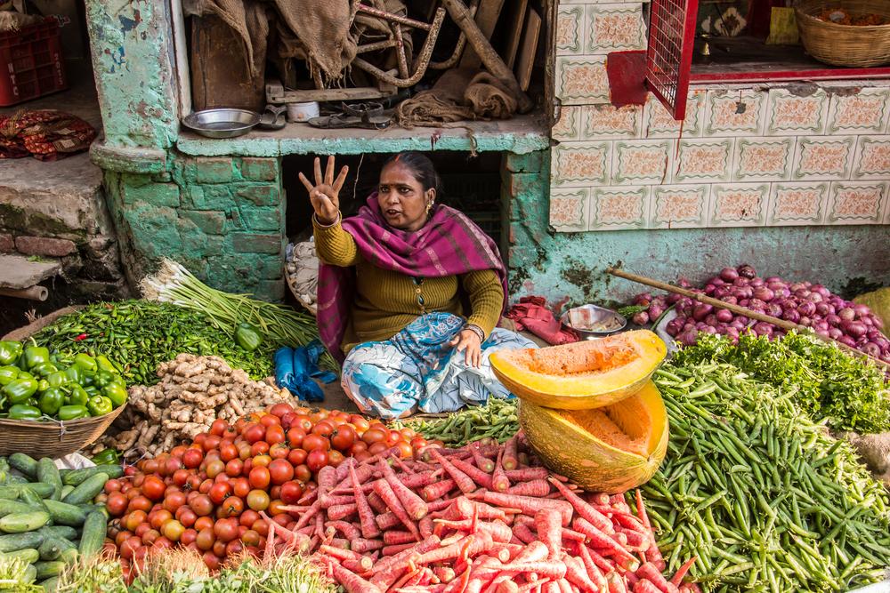 Food inflation crosses 10%