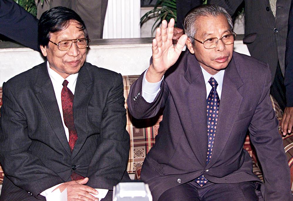Thuingaleng Muivah and Isak Chishi Swu