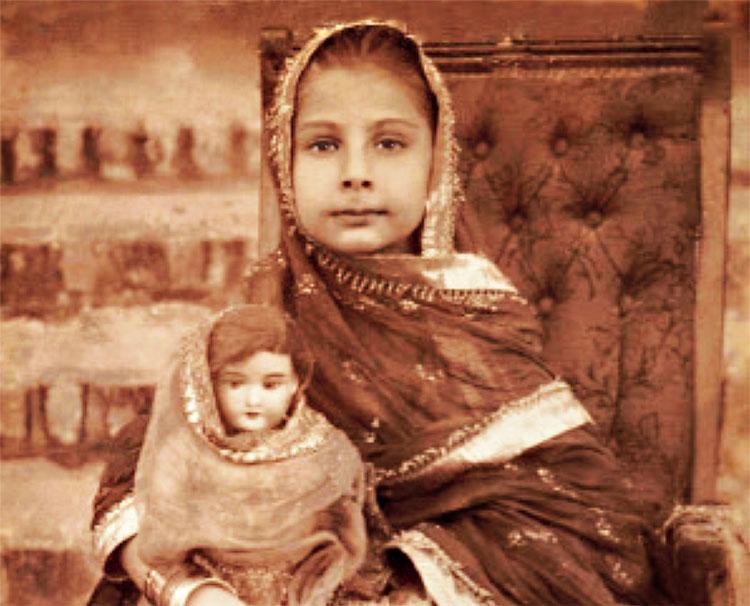 Qamar Zamani's granddaughter Mumtaz