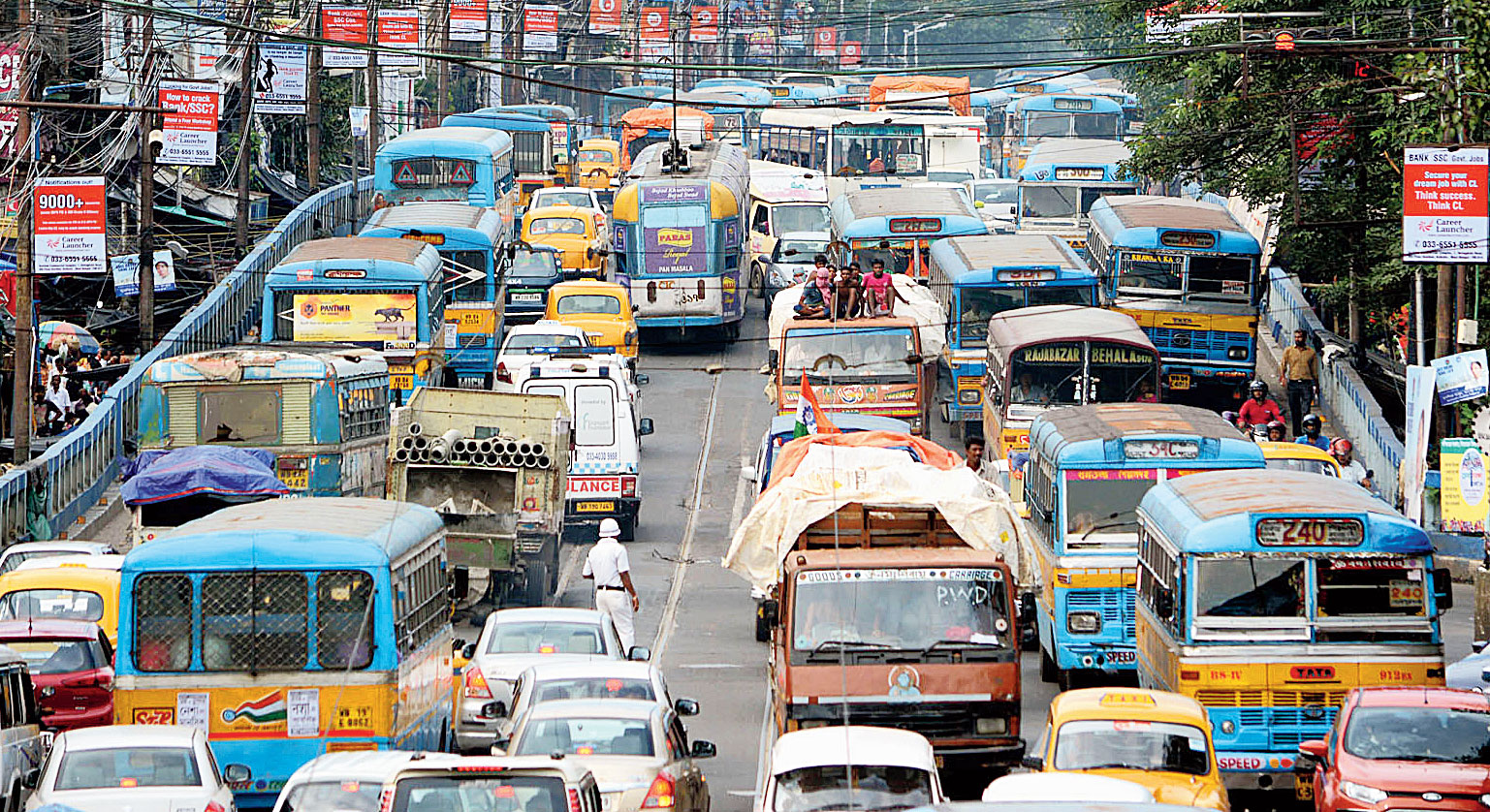 Calcutta offers the maximum number of and most affordable travel options compared with the other metros in the country