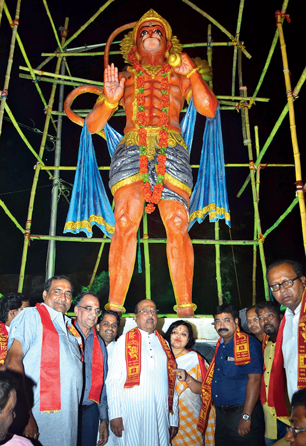 TMC leaders inaugurate Hanuman Puja at Ultadanga