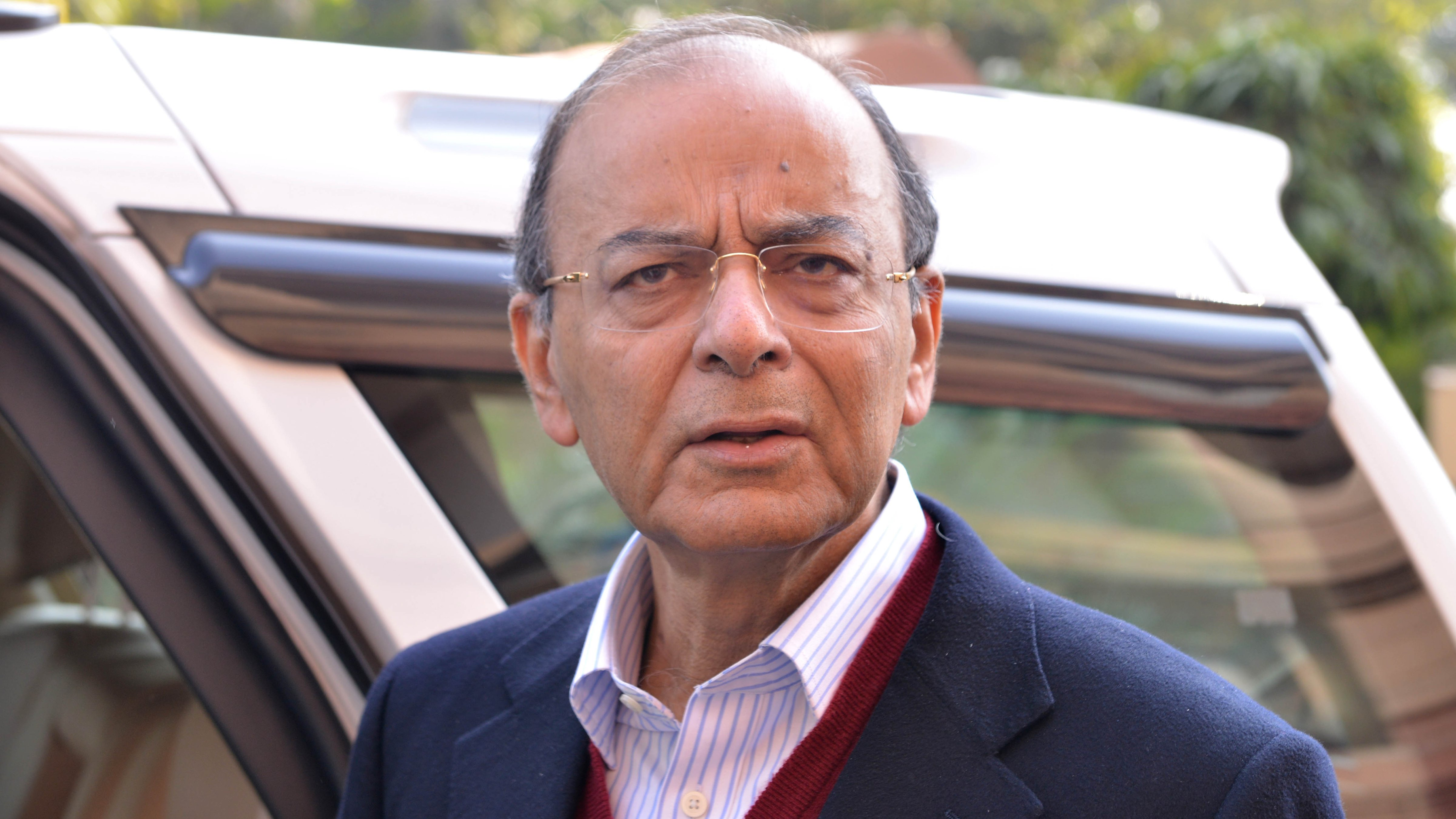 Arun Jaitley criticised Rahul Gandhi by saying that he must
