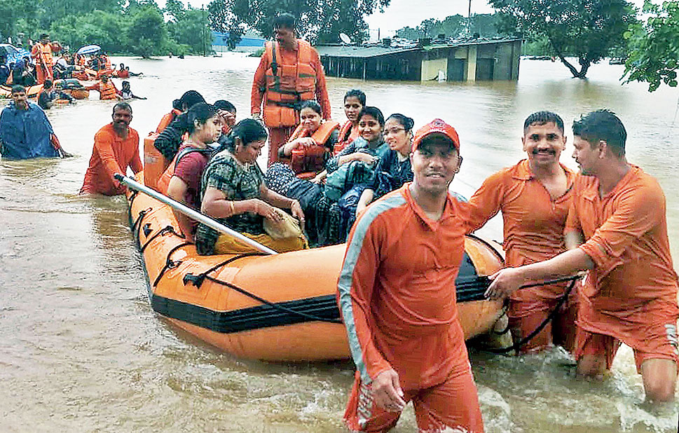 NDRF personnel carry out the rescue operation.