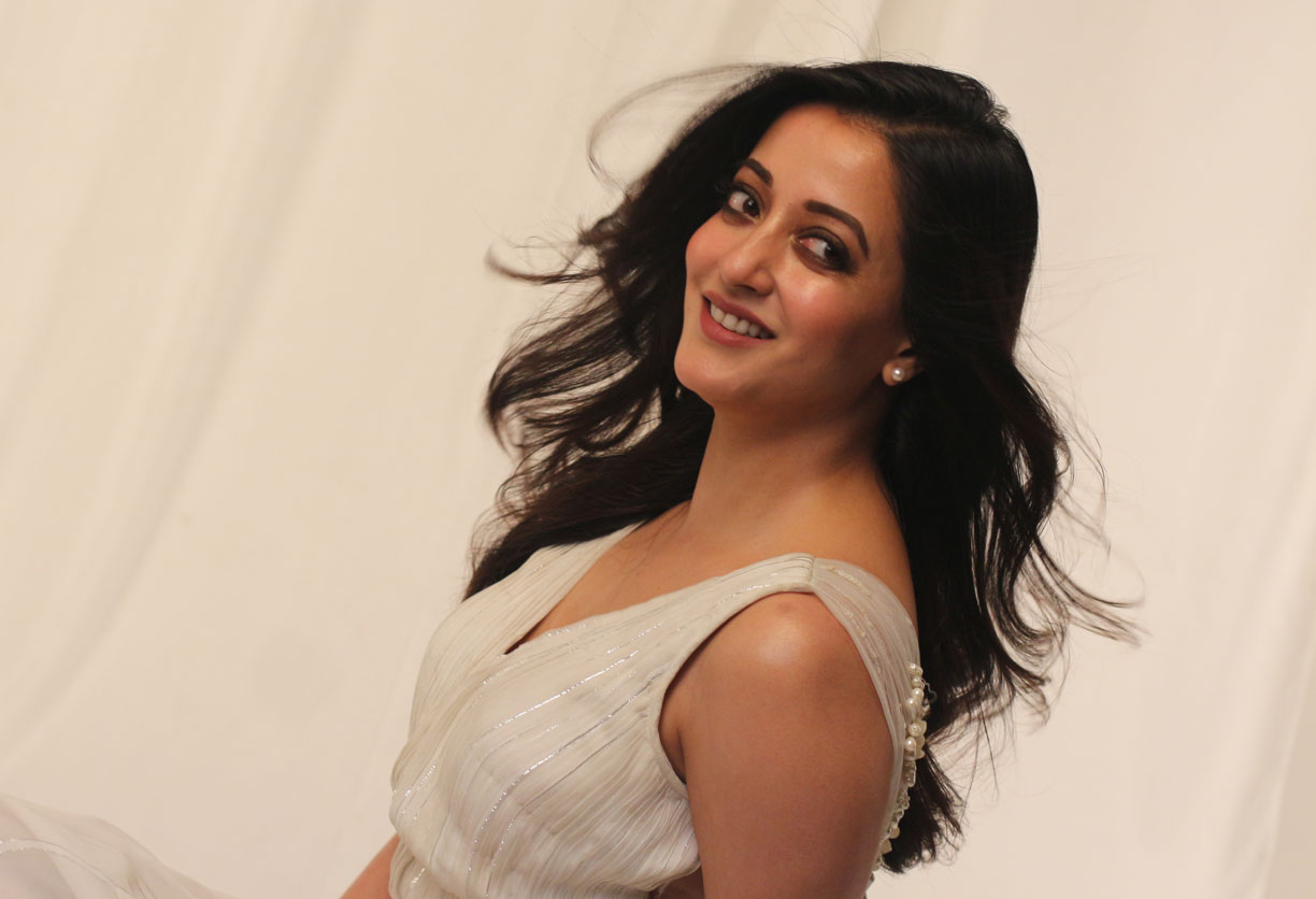Actress Raima Sen will hand over trophies and certificates to participating real estate companies on Sunday evening.