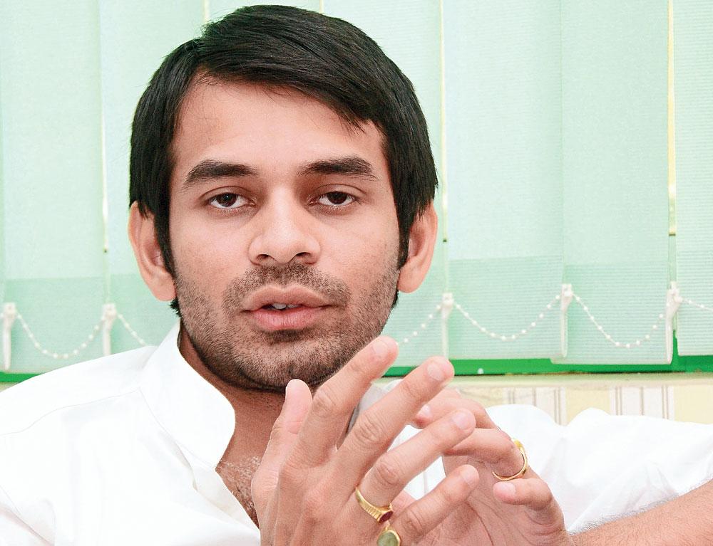 Tej Pratap: adamant on divorce, against his family's wishes
