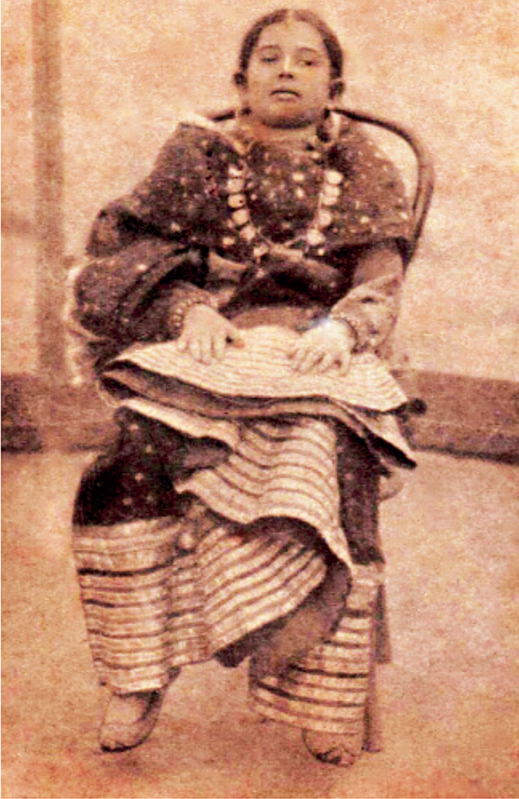 Qamar as a bride at nine