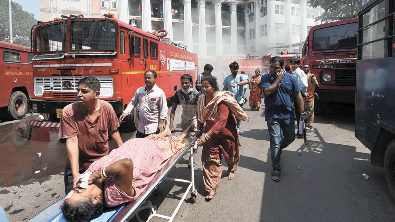 Patients being evacuated from Calcutta Medical College