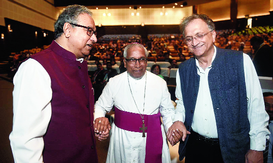 (From left) Former Union culture secretary Jawhar Sircar, Archbishop of Calcutta Thomas D'Souza and historian and author Ramachandra Guha at the 61st annual conference of the Association of Schools for the Indian School Certificate at Biswa Bangla Convention Centre in New Town on Wednesday.