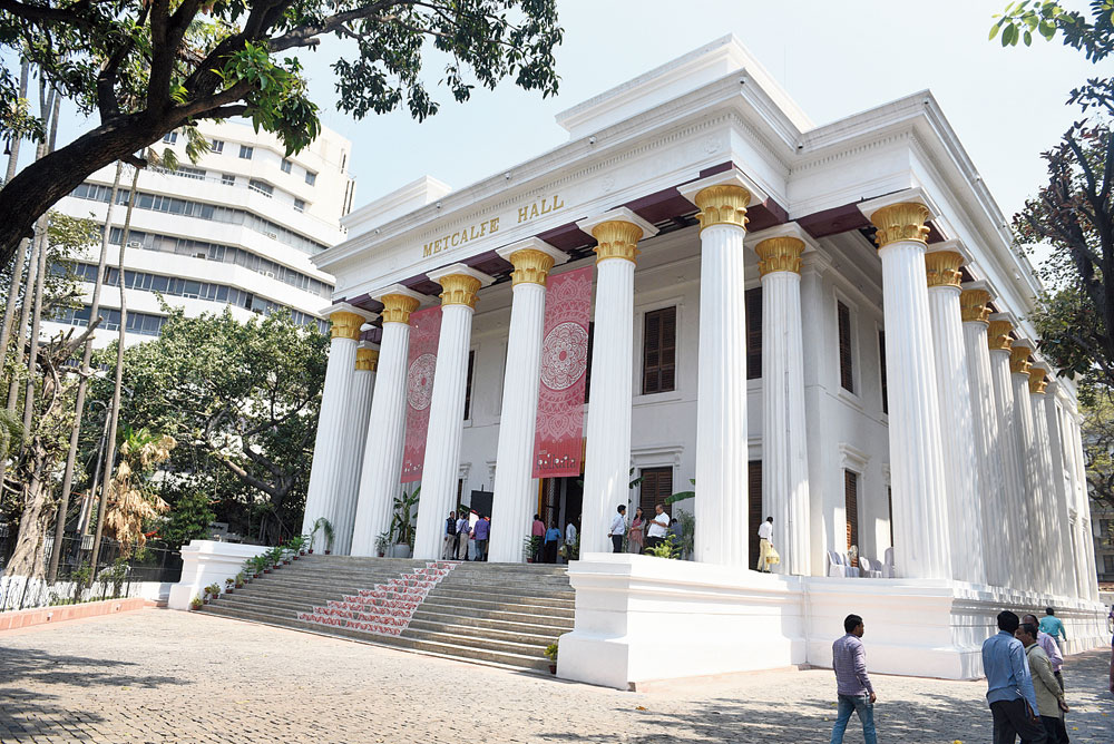 Exhibition space at iconic buildings in Calcutta