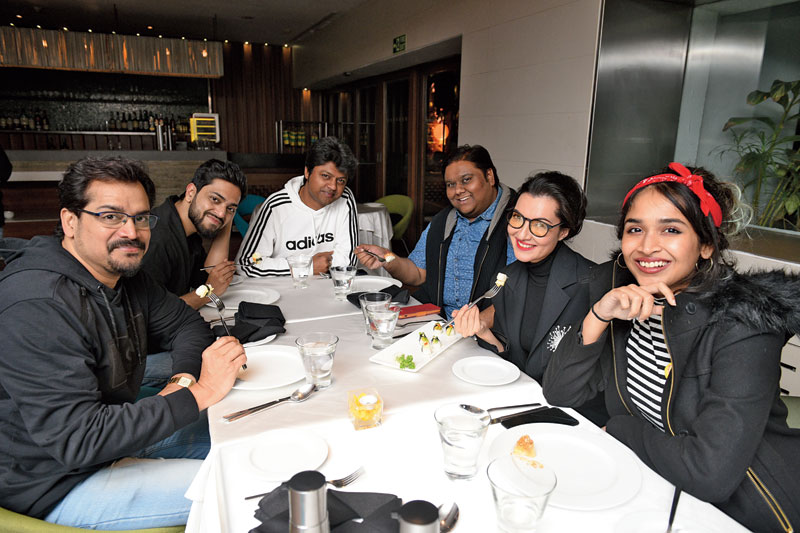(L-R) Anirban, Anubhav, Rit, Arjunn, Arpita and Kheya at The Park