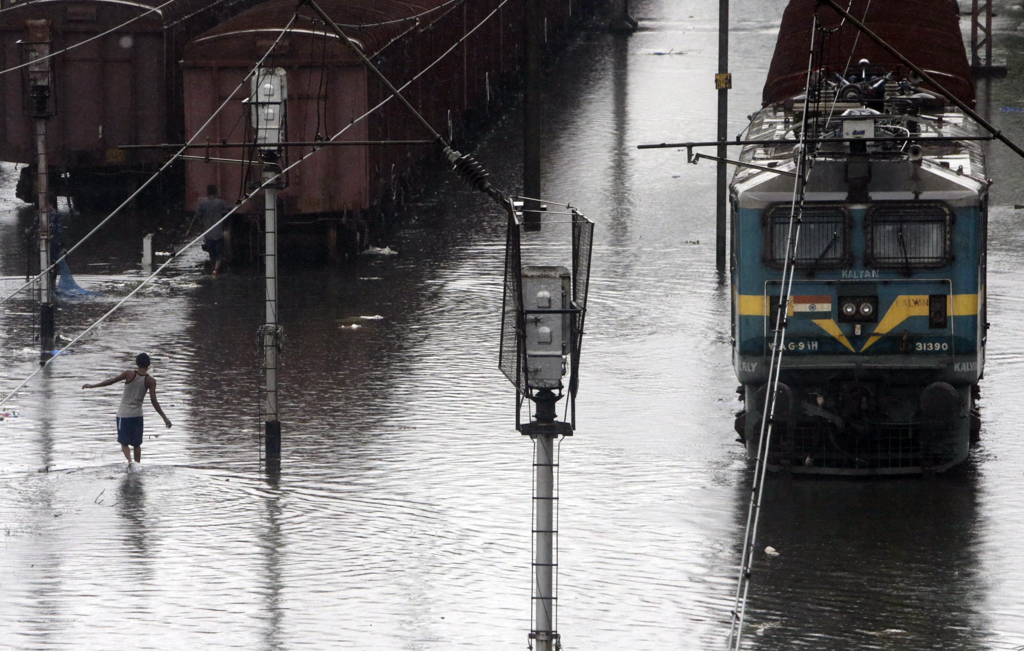 Mumbai gets heaviest rainfall since 2005: Twitter flooded with anguish