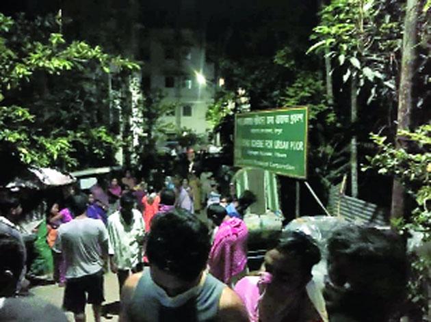 People gherao Gobinda Debnath's house late on Sunday night.