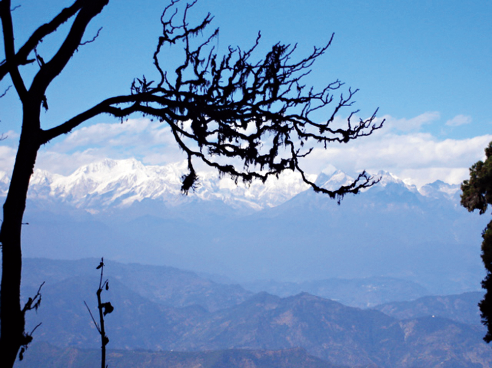 A view of the Himalayan mountain range