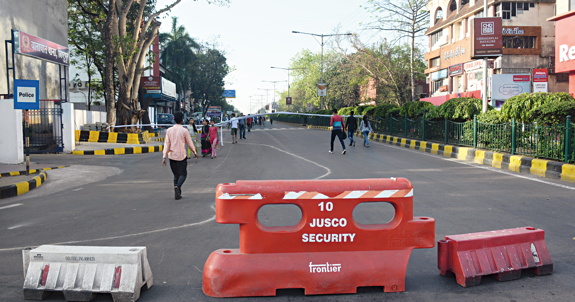 Low-key affair: The Bistupur stretch in Jamshedpur wears a deserted look during Jam@Streets on Sunday.