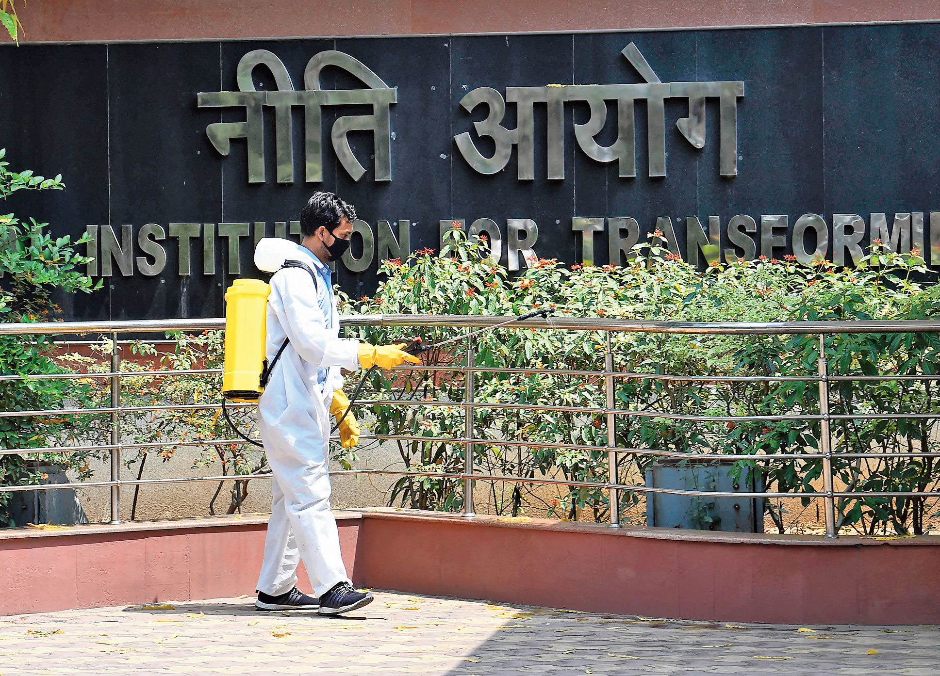 The headquarters of Niti Aayog, the policy think tank of the Narendra Modi government, were sealed on Tuesday morning after a director-level officer tested positive for Covid-19. Located on Parliament Street in the heart of the national capital, the sealing of the premises began early in the day.