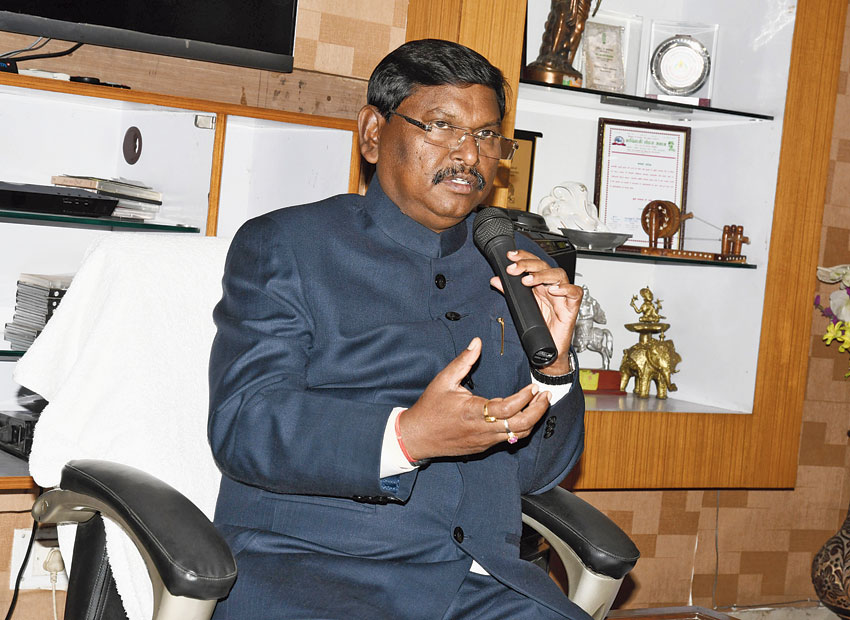 Union tribal affairs minister Arjun Munda addresses the news meet at his official residence in Ranchi on Thursday