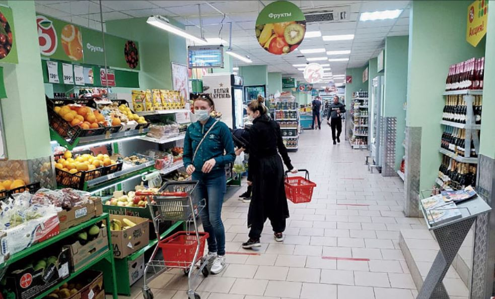 Few shoppers at a supermarket in Maya's hometown Saint Petersburg, where a partial lockdown has been announced
