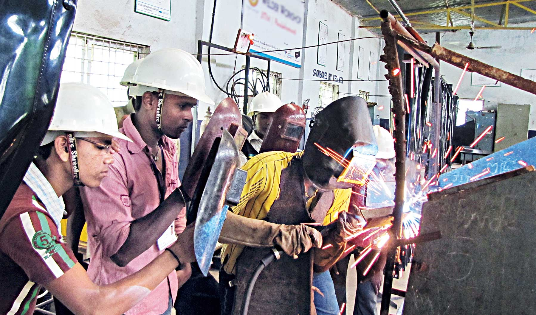 Reports aplenty draw attention to the rising level of unemployment across the country and jobs are getting scarce in many domains, but there is no dearth of jobs for skilled workers, especially in the manufacturing and service sectors.