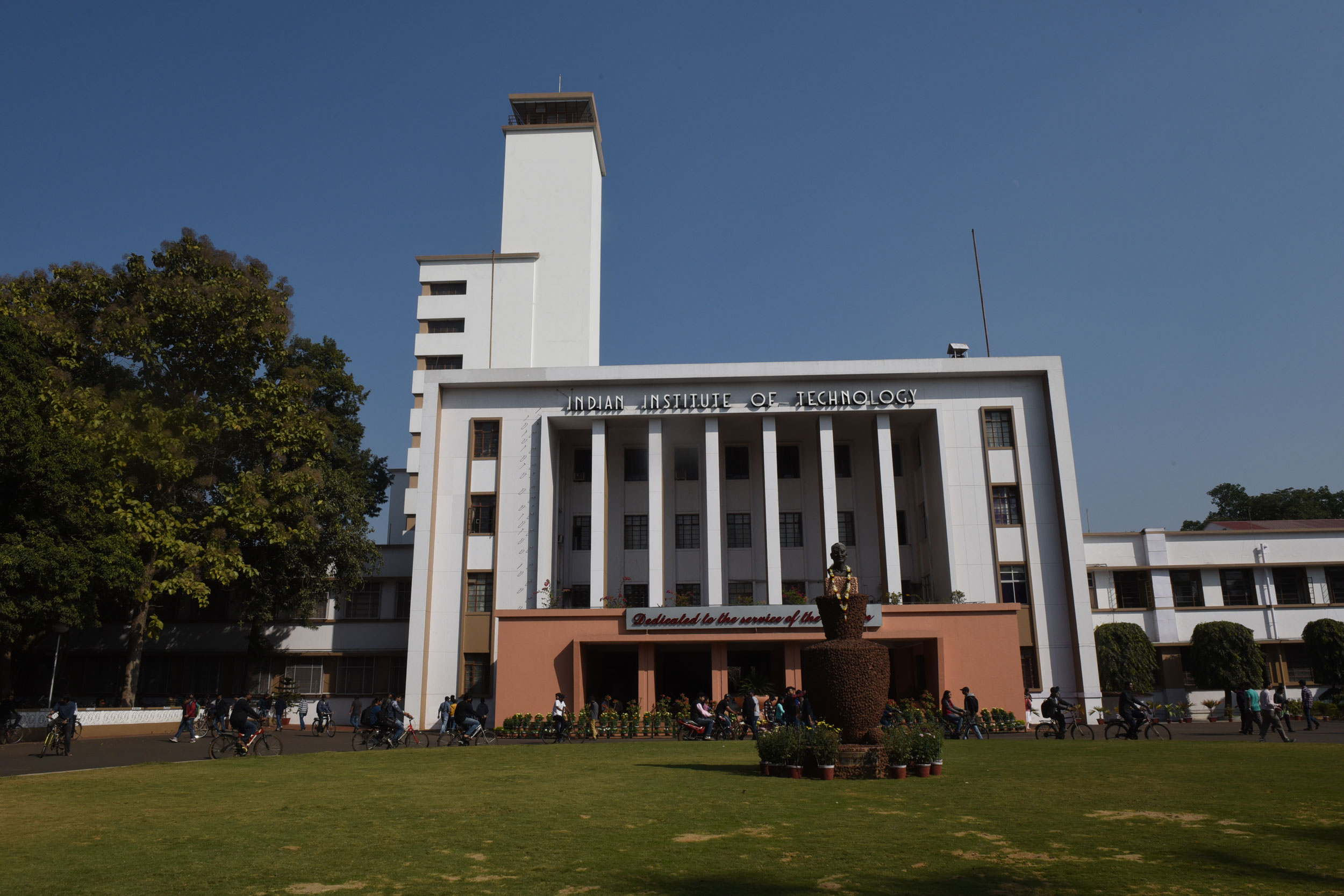 However, the IIT Kharagpur appointment was kept in abeyance. Partha Pratim Chakraborty, the present director, had appeared for the interview. Official sources said the selection panel did not reach a consensus on any candidate and no name was sent to the President.