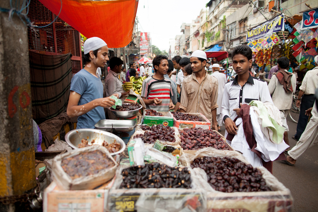 While during Ramzan most shops in Old Delhi are open till late at night, business picks up in the last 15 days leading up to Eid