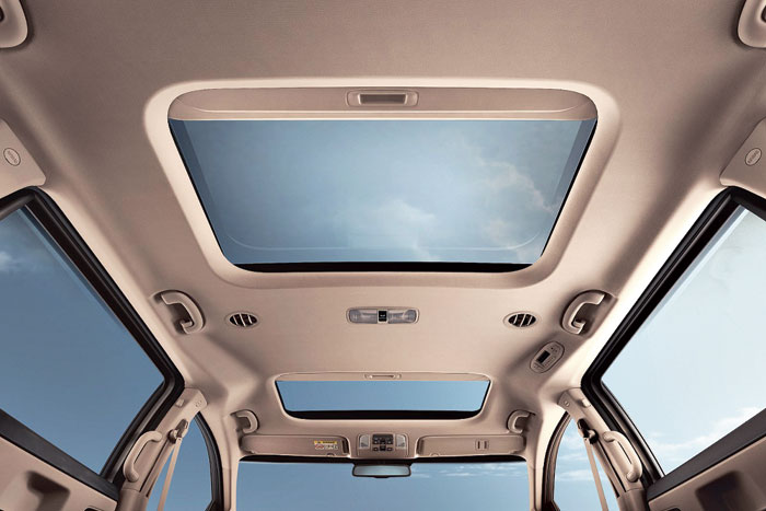 The Carnival has two sunroofs, above the front and the second rows and, when open, gives it a very airy feel.