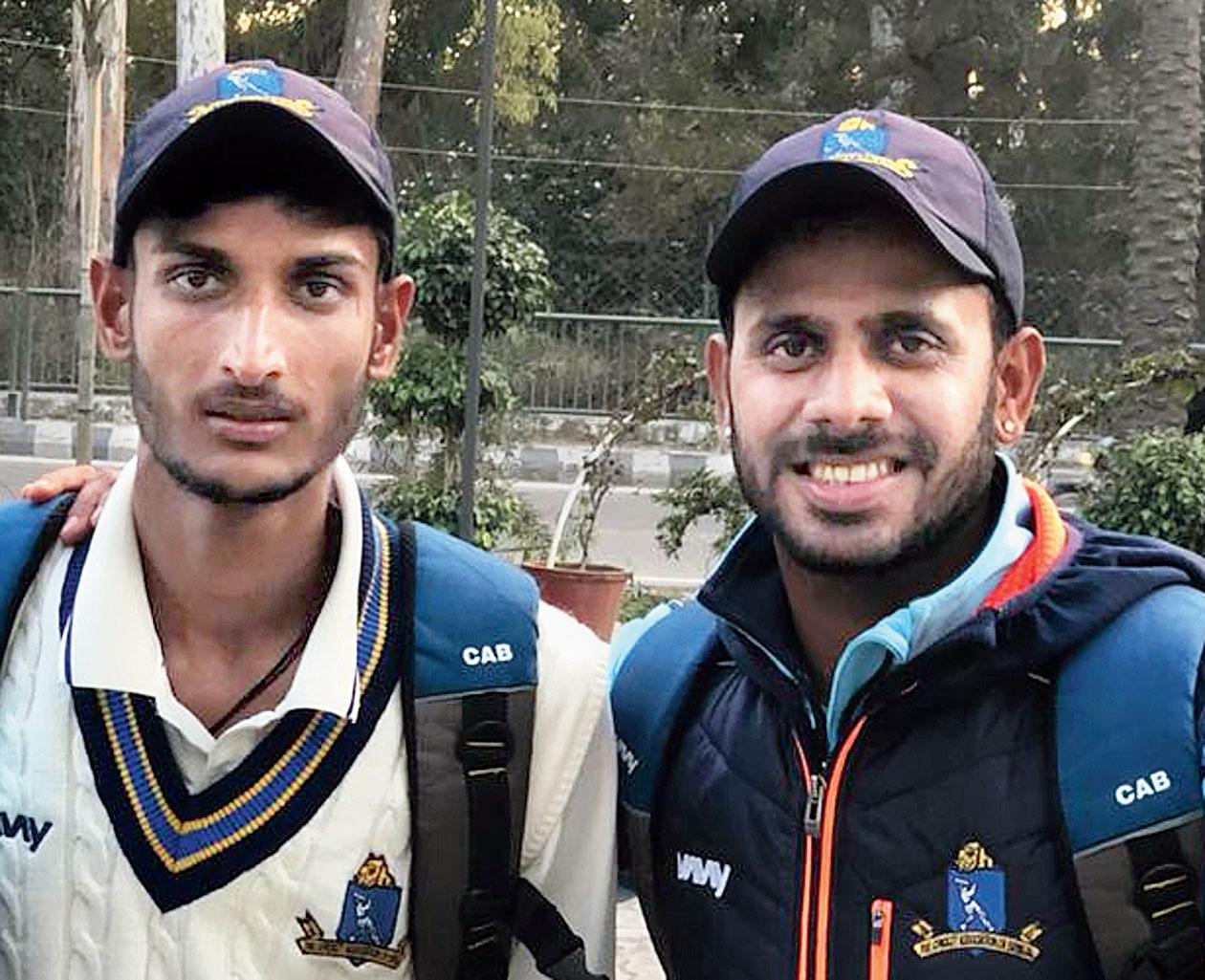 Shahbaz Ahmed (left) and Manoj Tiwary on Thursday