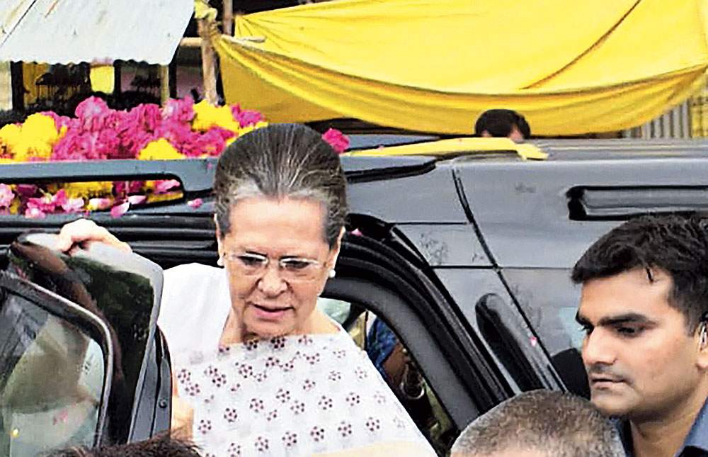Sonia Gandhi arrives in Rae Bareli, Uttar Pradesh, on Wednesday to thank voters for re-electing her in the Lok Sabha. Daughter Priyanka accompanied her