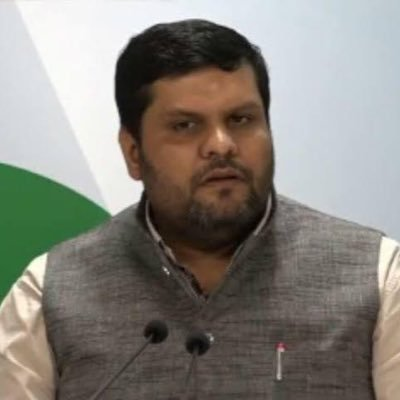 """""""The Centre should also come out with a no-retrenchment law applicable to all sectors for the next six months."""" said Congress spokesperson Gaurav Vallabh"""